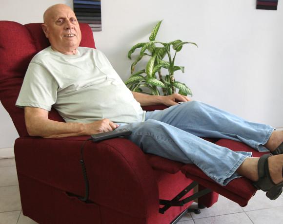 Fisiomatic-Relax-System-punto-vendita-Roma-nord-poltrone-per-anziani