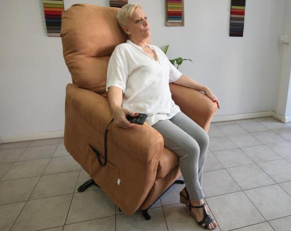 Fisiomatic-Relax-System-punto-vendita-Roma-sud-poltrone-ortopediche-alzapersona
